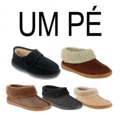 UM PÉ | PANTUFAS